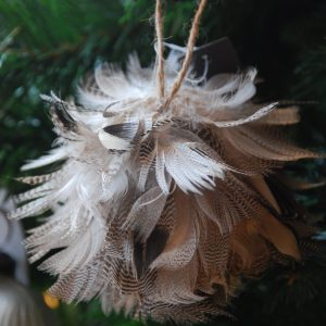 PTMD Kerstboomhanger Veren Naturel